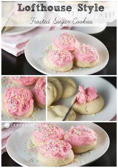 Lofthouse Soft Sugar Cookies {Copycat Recipe}