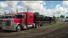 Peterbilt heavy haul side dumper
