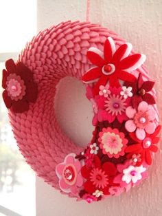 felt scalloped wreath