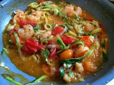 Zucchini noodles with tomatoes and shrimp #glutenfree