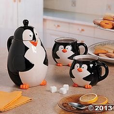 Penguin Tea Set - this is cute.