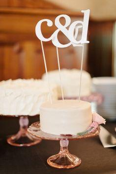 Monogram cake topper   photography by http://erinheartscourt.com/