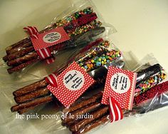 kitchen gifts, pretzel recipes, chocolate covered pretzels, le jardin, gift ideas