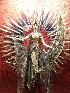 The Queen of the Night from a production of Mozart's 'The Magic Flute' by the Salzburg Marionette Theatre
