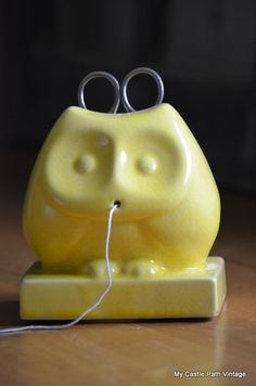 Vintage owl string holder with scissors from My Castle Path Vintage on Etsy