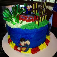 Amazing Superman cake by Daphnia at hilltopsbakery.com!