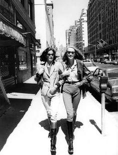 Barbara Allen & Jerry  Hall strutting in Manhattan