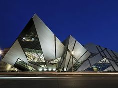 Home to six million treasures illuminating the science, art and evolution of civilization, with galleries showcasing ancient Egypt and Nubia, and an internationally renowned dinosaur exhibit, the ROM is one of the world's top 10 museums.
