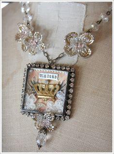 amaz jewelri, crown jewels, resin, necklaces, crown necklac, charm necklac