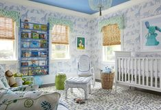 The wallpaper brings this room to live. #blue #nursery
