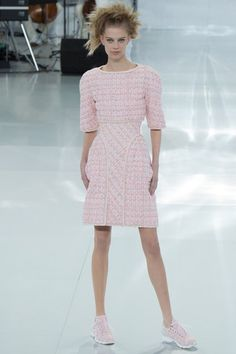 Pretty in pink Chanel Spring 2014 Couture