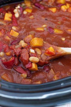 Smoky Slow Cooker Vegetarian Chili