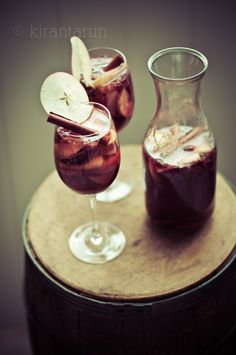 Apple Cider & Champagne Sangria #wine #fall