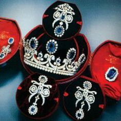 Sapphire and diamond parure of Queen Marie-Amelie