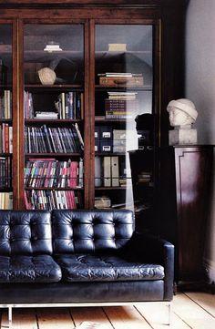 Library #glass #bookshelf #cabinets #library #office #living #room #den
