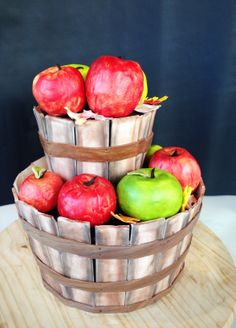 Orchard wedding cake, apples, rustic wedding, woodsy wedding, orchard wedding, modern wedding, unusual wedding cake