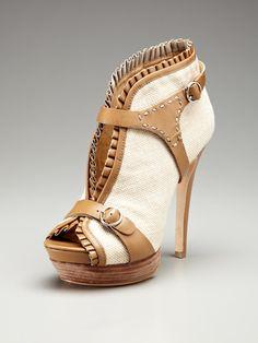 shoes shoes shoes shoes!