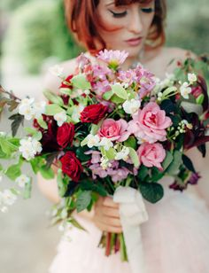 Romantic pink + berry bouquet