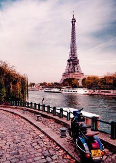 paris, towers, vespa, dream, france, travel, place, scooter, bucket lists