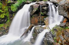 5 of Washington's most beautiful waterfall hikes for families
