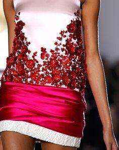 Romantic Flora | Giambattista ValliSpring Summer 2014 #hc #fashion #details