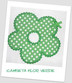 Camiseta decorada flor