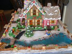 Ultimate Gingerbread - Photos: Tree House