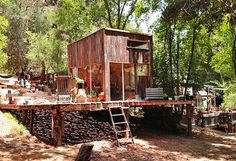 Mason St. Peter Built His Own Cabin from Reclaimed Wood in Topanga Canyon, California http://bit.ly/1qYEN7T