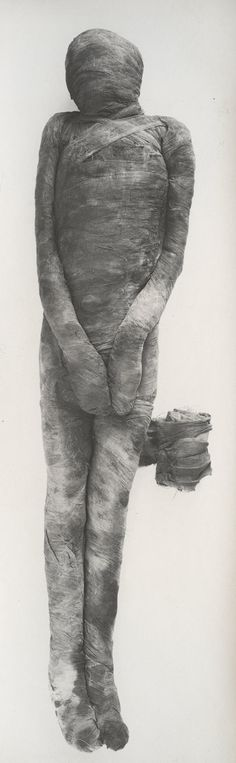 Harry Burton: Unwrapping of a Mummy (M16C106,107) | Heilbrunn Timeline of Art History | The Metropolitan Museum of Art