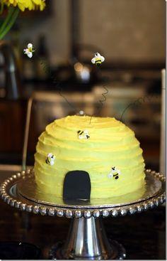 Cute beehive cake!