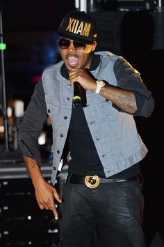 On Friday, Oct. 17, 2014 Legendary hip-hop artist Nas brought his Illmatic 20 Year Anniversary Concert to the mophie stage at Boulevard Pool (Photo credit: © Al Powers / Powers Imagery).