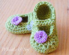 Mary Jane Baby Booties — Free Crochet Pattern