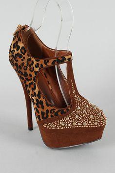 woman fashion, fashion shoes, print platform, platform sandal, stud leopard, leopards, leopard prints, boots, sidewalk