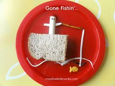 "How to create a simple ""Gone Fishin'"" lunch for your kids today! 