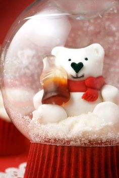 Snow Globe Cupcake by Bakerella, via Flickr