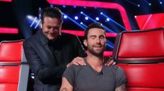 Blake Shelton gives Adam Levine a massage on #TheVoice. #The_Voice #NBC
