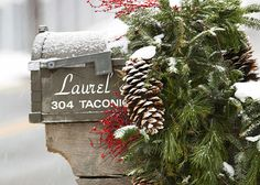 Rustic Home Ideas for Outdoor Christmas Decorating