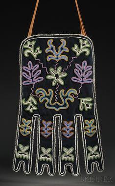 Tlingit Beaded Cloth Octopus Bag | Sale Number 2596B, Lot Number 253 | Skinner Auctioneers