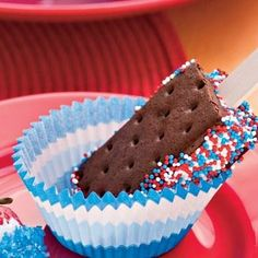 Dress up ice cream sandwiches in independence-themed sprinkles / 29 Fun And Easy Fourth-Of-July Treats Your Kids Will Love
