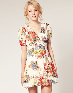 And another dress to go on my shopping list