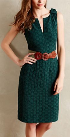 pretty green quilted dress http://rstyle.me/n/qu2nhr9te