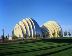 Kauffman Center for the Performing Arts in Kansas City, Missouri was designed by Moshe Safdie and opened in 2011.