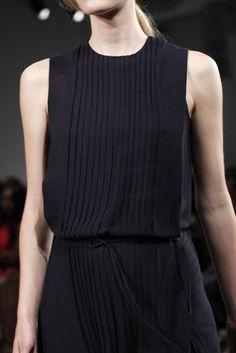 Black Dress #2dayslook #sunayildirim #BlackDress www.2dayslook.com