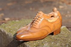 Maftei Full Brogue Oxford in tan with steel tips sideview
