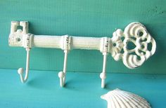 Cast Iron Key Hook/ Hanger/ Rack/Paint in Off White/Rustic/Cottage Chic