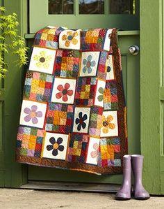 hand quilting ideas, color schemes, quilt idea, flower quilts