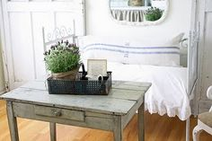 . pillow, houses, color, cottag style, garages, nook, kitchen, french larkspur, console tables