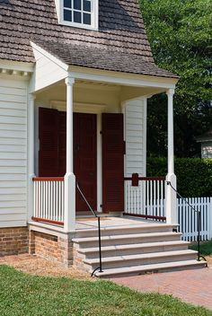 Tayloe House, Williamsburg, Virginia: porch detail