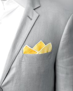 yellow pocket square w/ gray suit