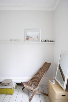 London Victorian terraced minimalist home www.apartmentapothecary.com